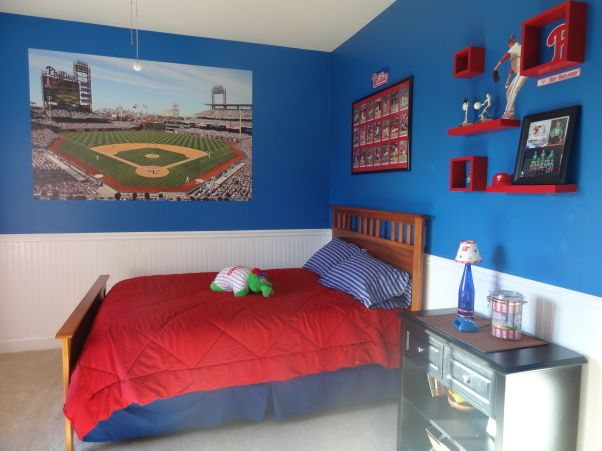 """Phillies """"phan"""" bedroom for a 6 year old boy 