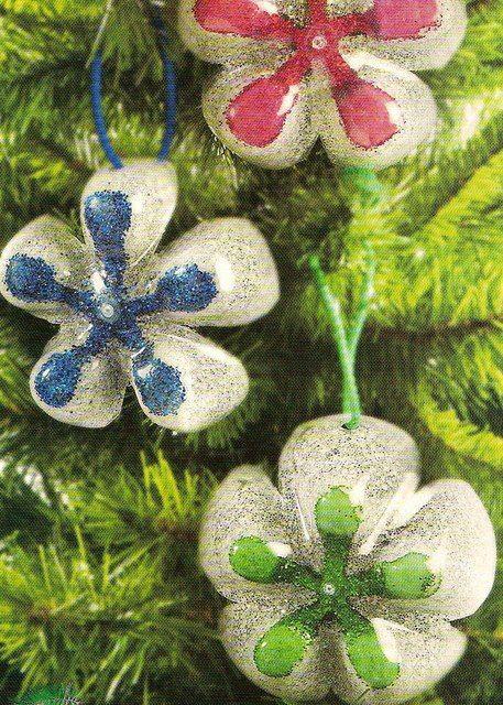 enfeites reciclando garrafas pet decoracion navideña - objetos navideos
