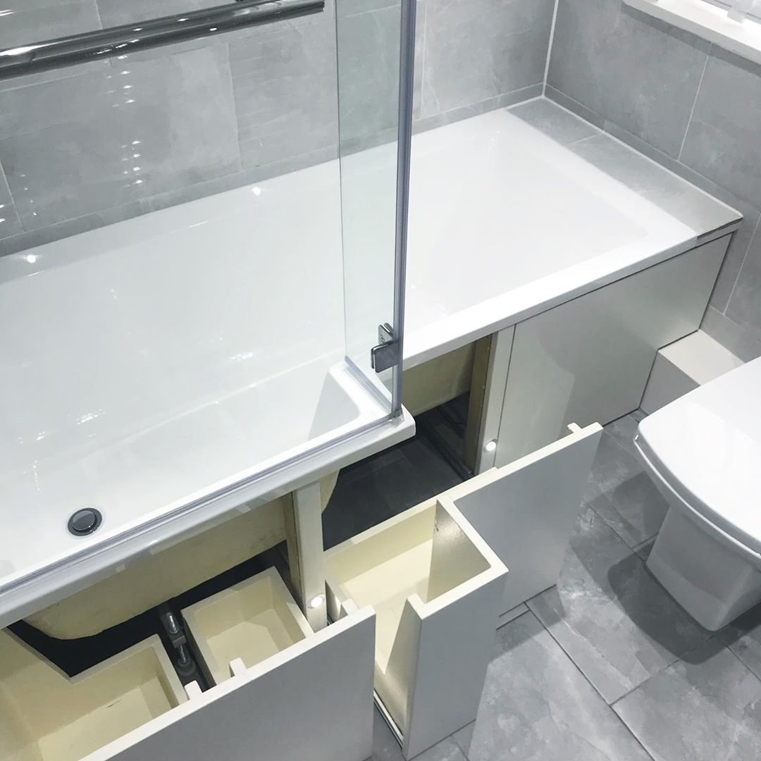 Diy Pro Installs Ingenious Under Bath Storage And Mrs Hinch Is A Fan In 2020 Bath Storage Clever Bathroom Storage Small Bathroom Storage Solutions