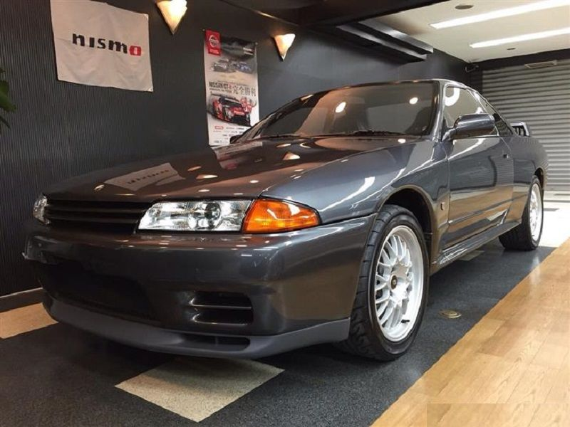 Nissan R32 GTR V-Spec I Front lights | Nissan | R32 gtr