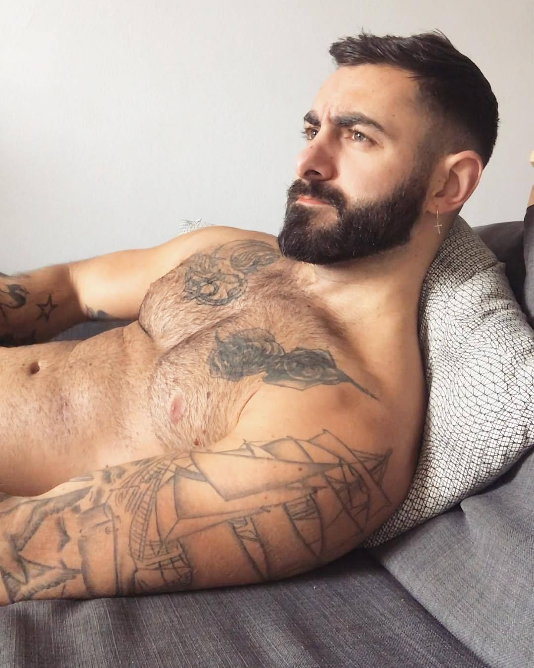 STUMP'S BLOKES – My personal choice of hot guys - beards, tattoos, muscle,  and lots of rugby players. No full nudity, but it may get a little close  every ...