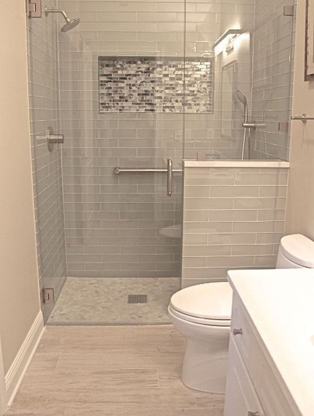 Intend To Restore Your Bathroom However Perplexed What Type Of Layout Is Excellent Obtain Inspire Small Bathroom Master Bathroom Renovation Bathrooms Remodel