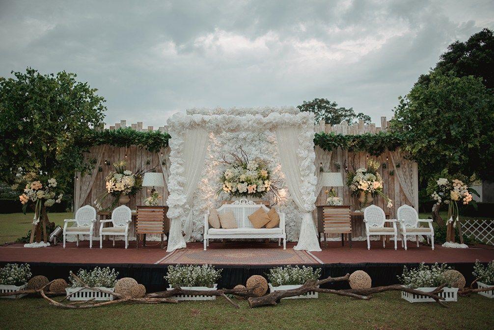 Pernikahan Outdoor Rustic Yang Sangat Cantik Dan Menginspirasi