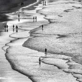 47+  Ideas For Photography Beach People Walks #photography #picturesofpeoplewalk...