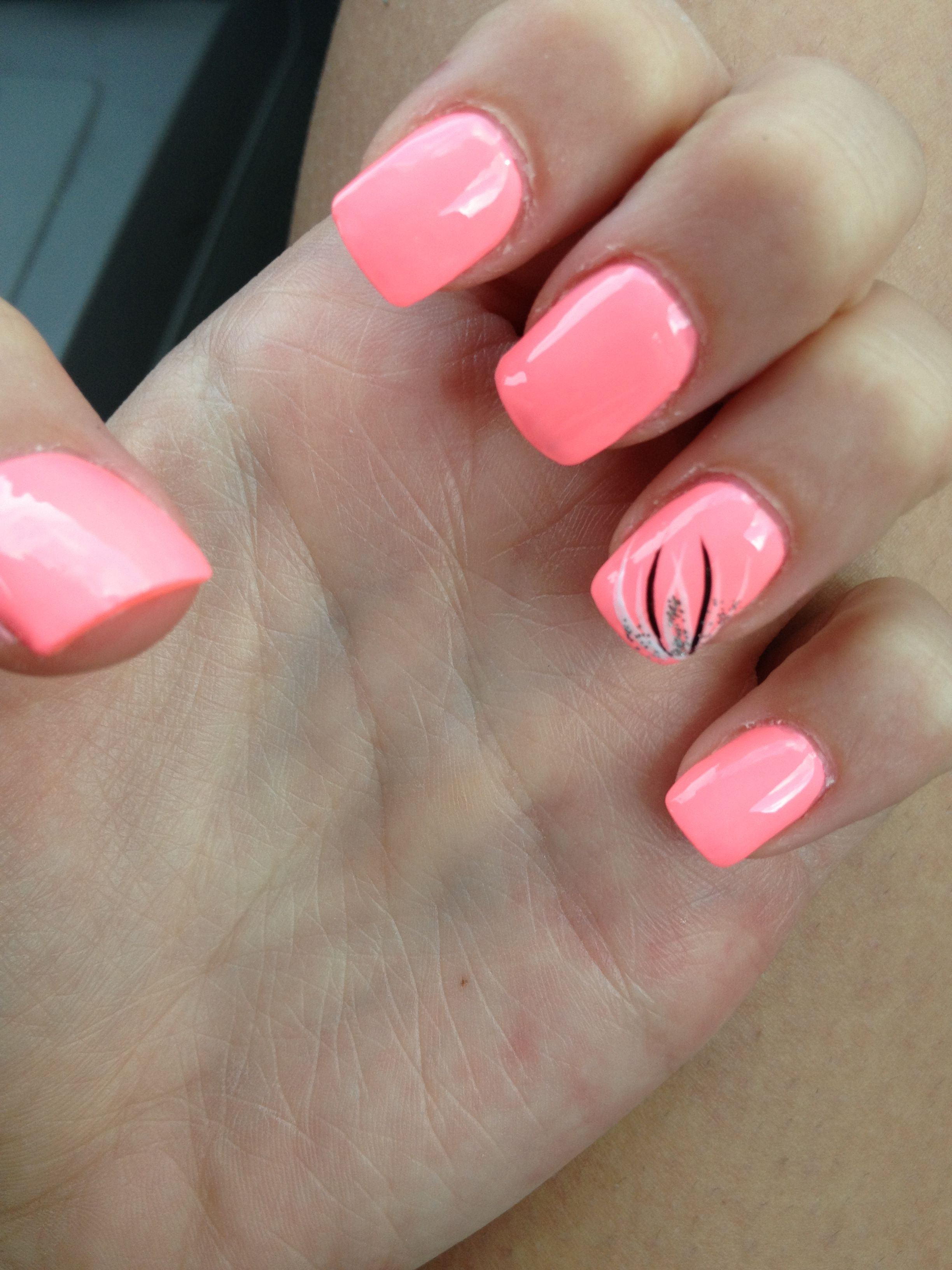 Pink Nails With Feather Design Nail Art Designs Pinterest
