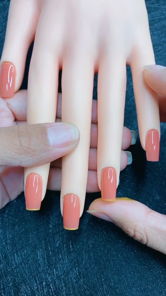 Simple and cute nail art