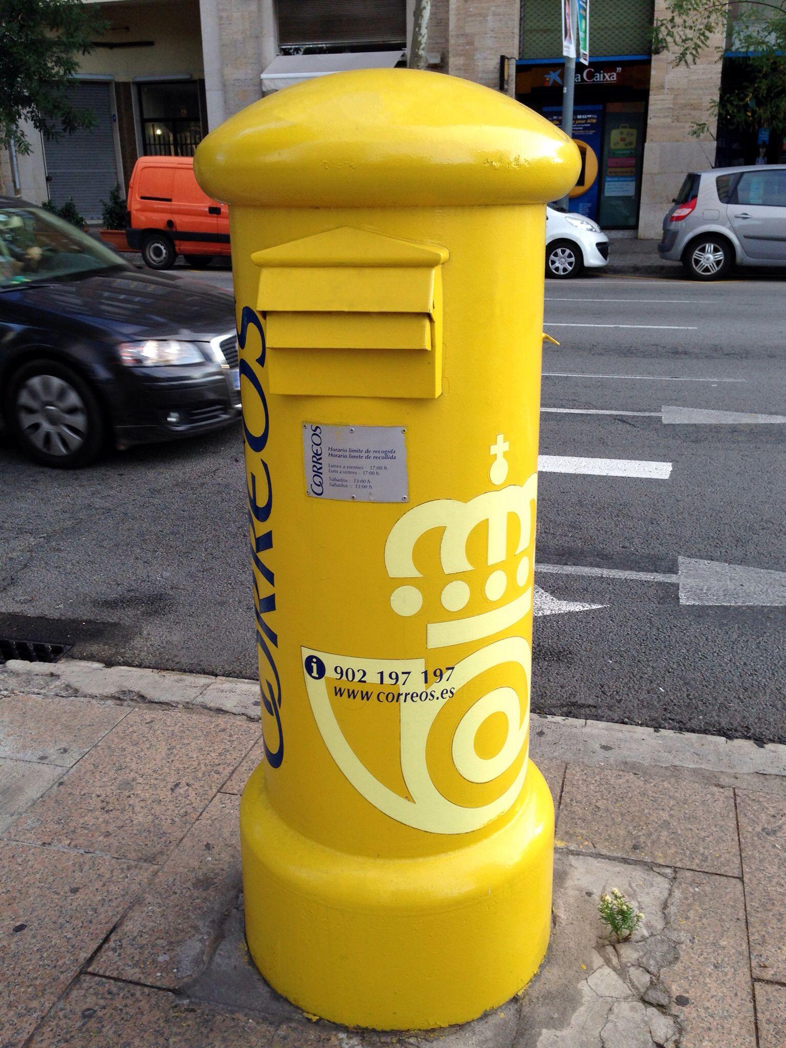 a spanish post box from barcelona postal services pinterest briefkasten und wohnen. Black Bedroom Furniture Sets. Home Design Ideas