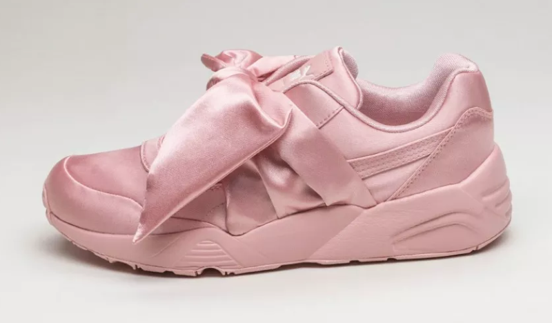 best website a0eaa 67550 Rihanna x Puma Fenty returns via bow sneakers and slides ...