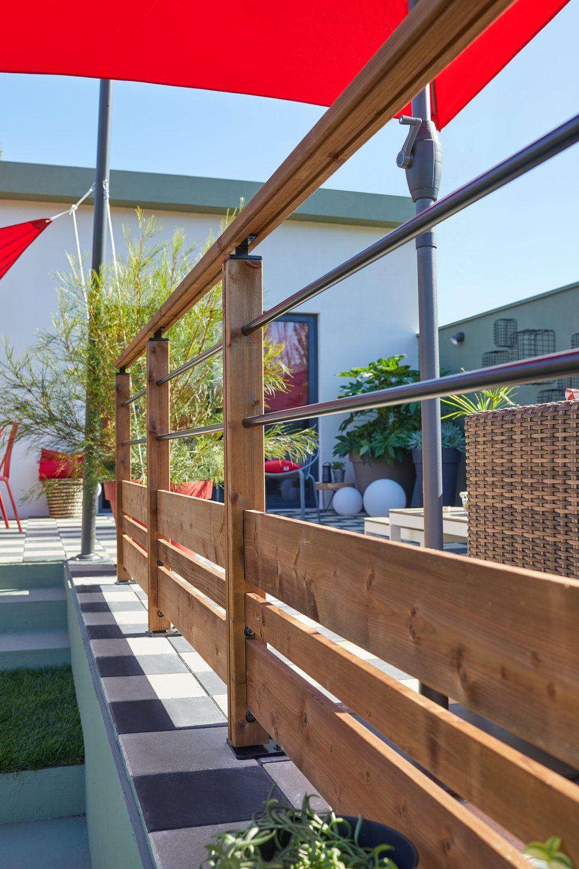 Des Terrasses En Securite Avec Les Balustres Et Garde Corps Balustrade Terrasse Amenagement Jardin Devant Maison Garde Corps Bois