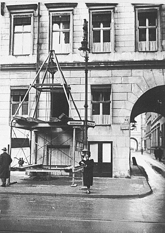 Behrenstraße 64-65.. Hotel Windsor