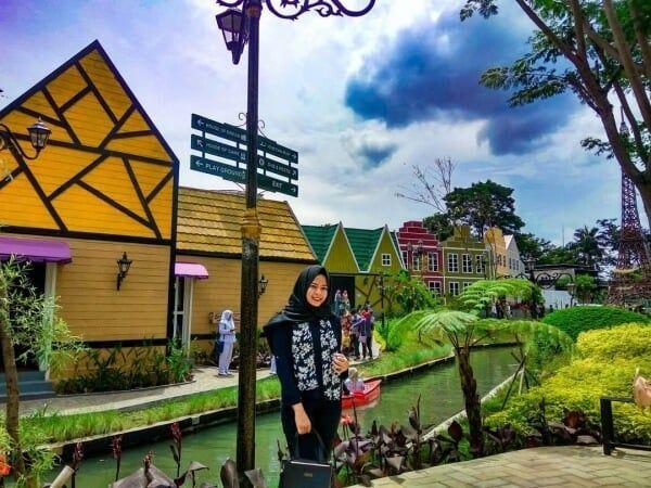 , Tempat Wisata Di Surabaya Yang Romantis, Carles Pen, Carles Pen