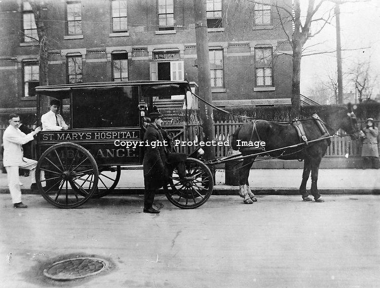 St  Mary's Hospital ambulance, Waterbury, c  1909 COPYRIGHT