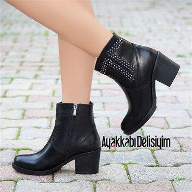 Cakraz Siyah Zimbali Kisa Topuk Bot Bot Bayan Ayakkabi Moda Stilleri
