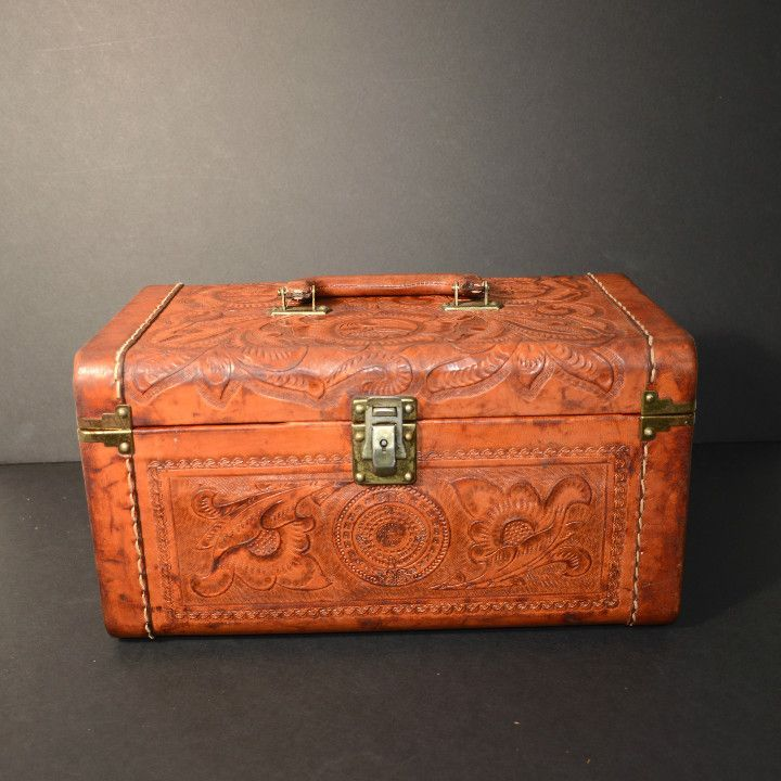 Vintage 40s tooled leather train case, carry on bag, cosmetic ...
