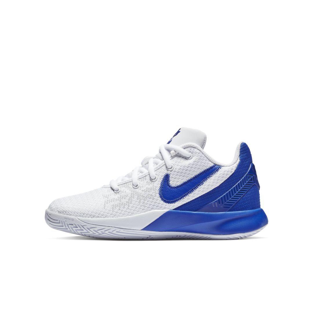 f67b10e9456 Kyrie Flytrap II Big Kids  Basketball Shoe Size 3.5Y (White)