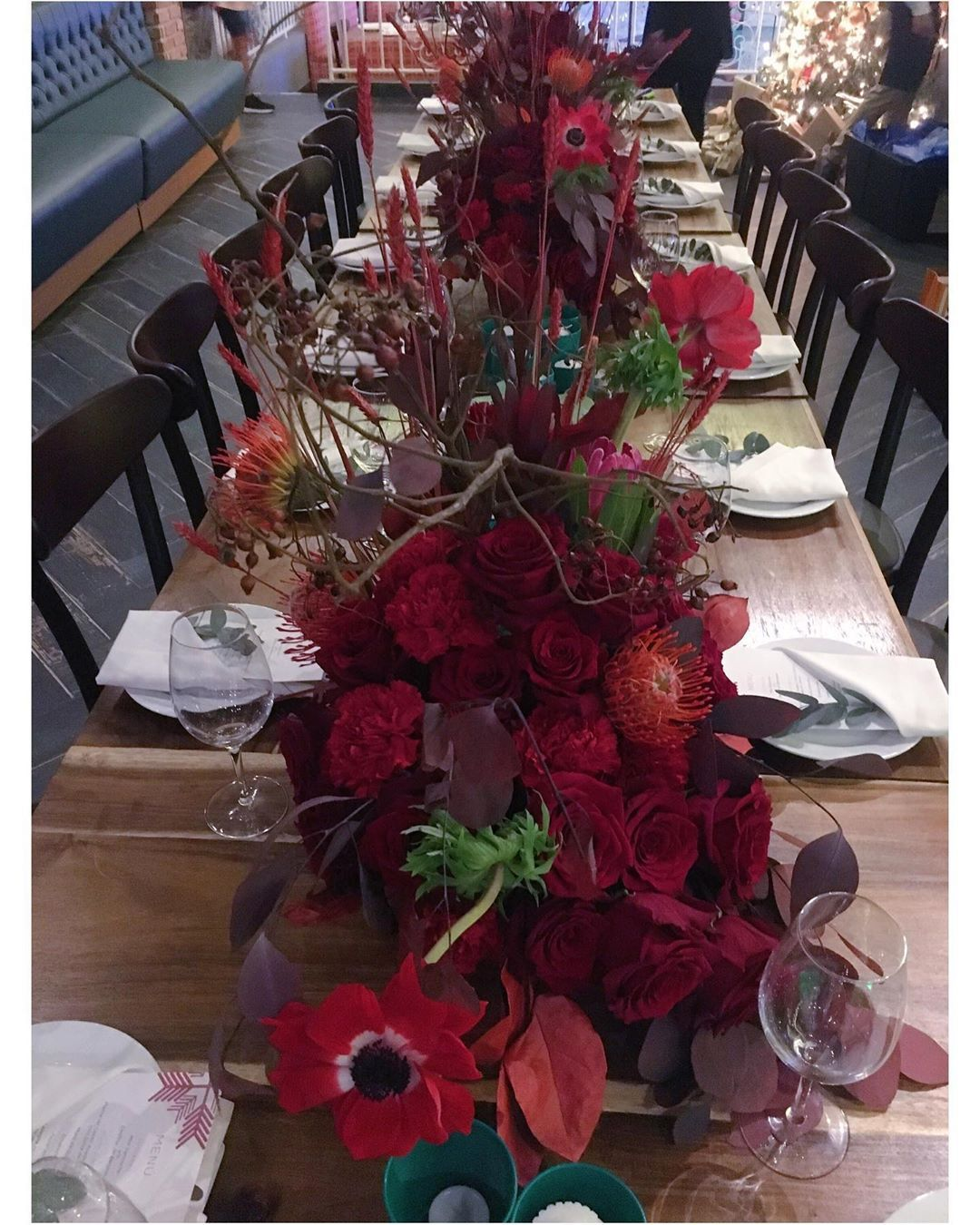 RED CHRISTMAS  #red #redchristmas #flowerdesign #merrychristmas #natale #navidad... #flowercomposition #flowerdesign #merrychristmas? #Natale! #navidad #red #redchristmas
