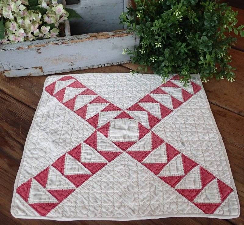 Antique Turkey Red And White Flying Geese Table Quilt Doily 15x14 Primitive www.vintageblessings.com