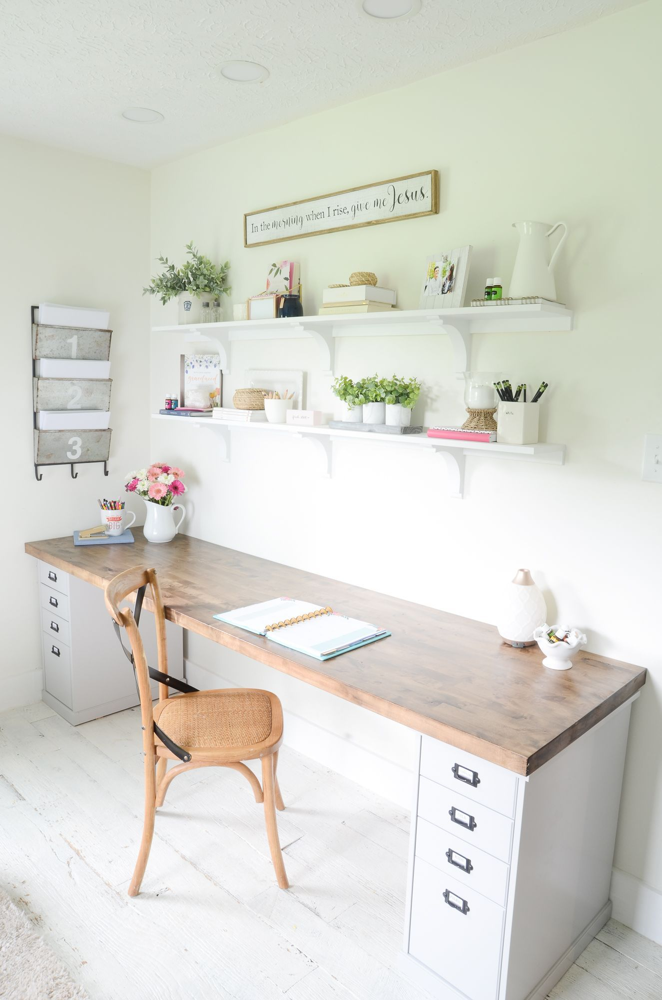 Great Home Office Ideas To Set The Creative Juices Flowing Home Office Ideas Butcher Block Desk Home Office Desks Guest Room Office