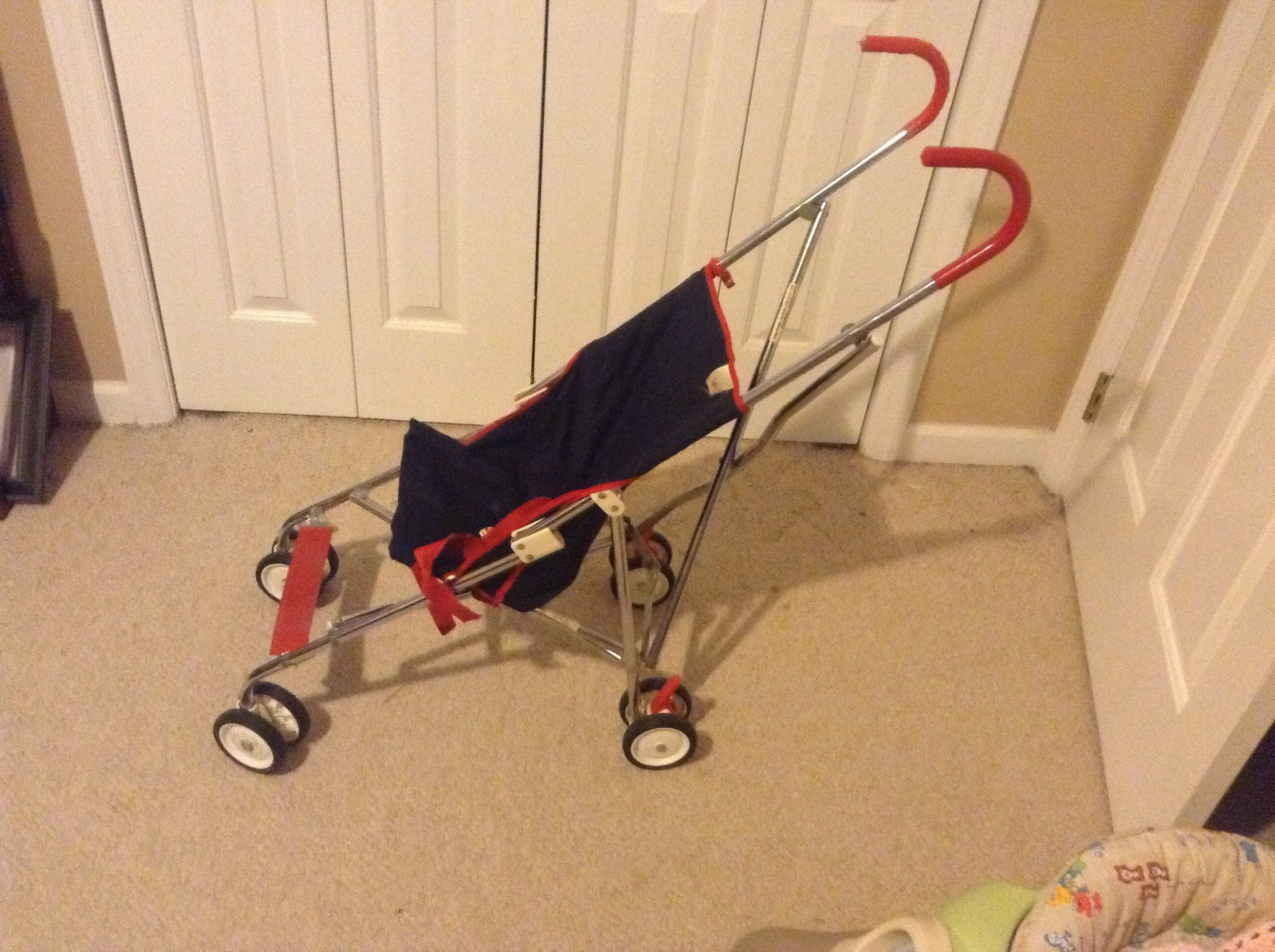 Vintage umbrella stroller from the 80\u0027s