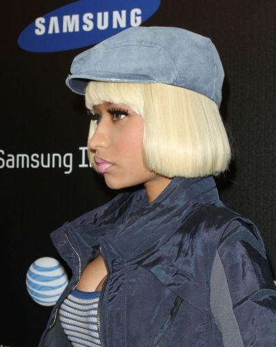 Nicki Minaj Wears A Platinum Blonde Bob Blunt Bangs Hair Beauty