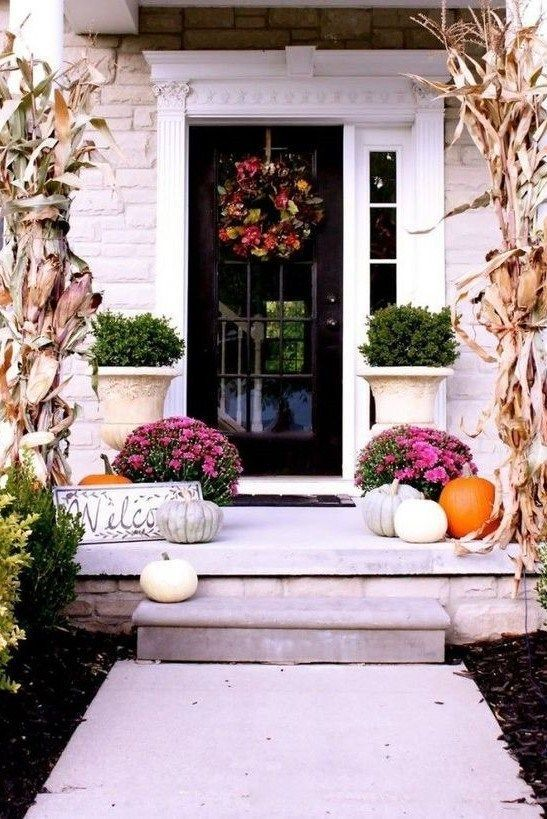 +17 Creative Fall Porch Decorating Ideas   #falldecorideasfortheporchoutdoorspaces When summer fades, lots of us are prepared for the fall season. To teenagers, fall usually means the opportunity to start another school year as it is the conclusion of their summer vacation. It is considered one of many good cases all through the 12 months. It is one of the great times during the year. Try 10 creative ideas to create your house fall cozy. #creative #fall #porch #decorating #summer #cool #simple # #falldecorideasfortheporch