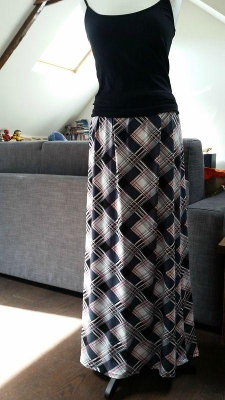 jupe longue jersey taille lastique couture le blog couture et cr atif de libellulu22. Black Bedroom Furniture Sets. Home Design Ideas