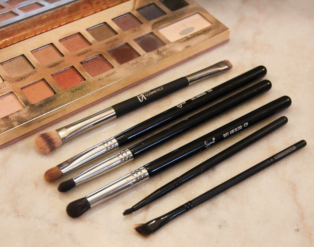How to Start Your Makeup Brush Collection Makeup brushes