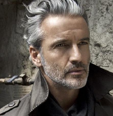 Wonderbaarlijk Wat vinden jullie van mannen met grijze haren? Bekijk de leukste QZ-02