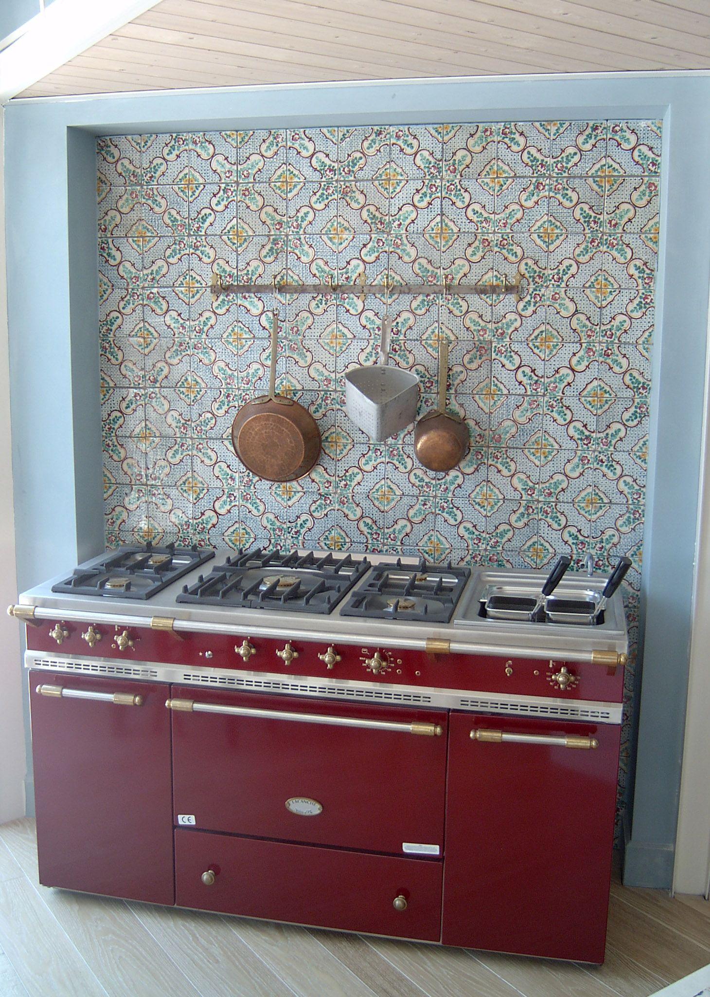 """Handmade and Hand decorated terracotta Tiles. """"I Classici"""" decori della tradizione siciliana ..."""