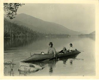 Indigenous Boats: Sturgeon-Nose Canoes  Tom Findley and students made on like this in 1971. It made it from New York City to Northwest Ontario; when Tom went on to the Bering Sea alone, he took one of the others.