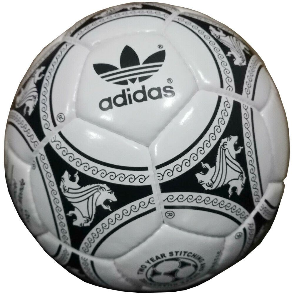 Adidas Etrusco Unico Ballon Coupe Du Munde Fifa World Cup Match Ball 1990 Sialko Mdm In 2020 World Cup Match Fifa World Cup World Cup