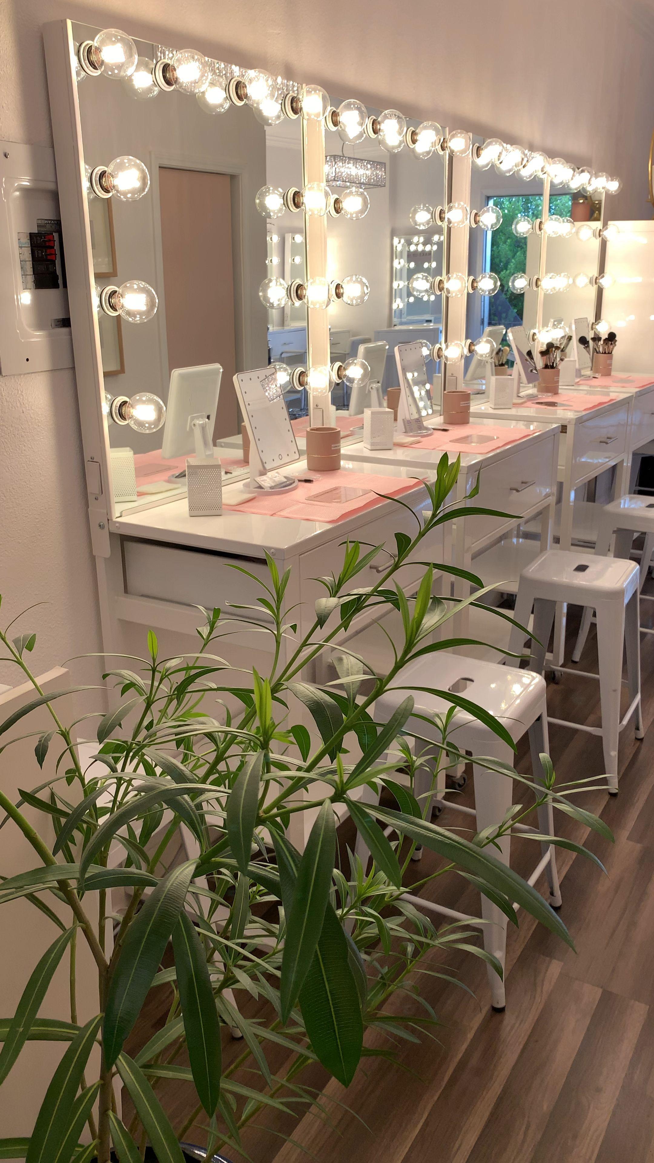 Makeup Classes Follow Us On Ig Www Instagram Com Makeup Makeup Room Ideas Videos Studio In 2020 Makeup Studio Decor Beauty Room Salon Salon Interior Design