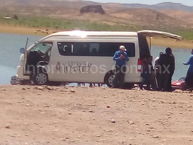 Carne asada en la presa Chihuahua en Vehículo oficial de Juárez | El Puntero