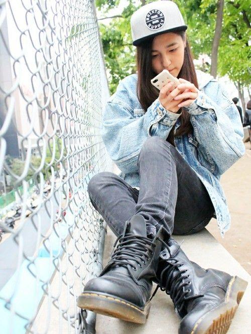 スキニー×Dr.Martensの靴。正しい履き方コーデまとめ|MERY [
