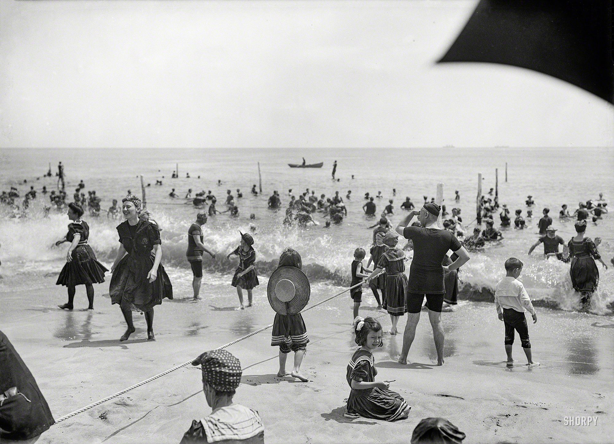 Shorpy Historic Picture Archive :: More Manhanset: 1904