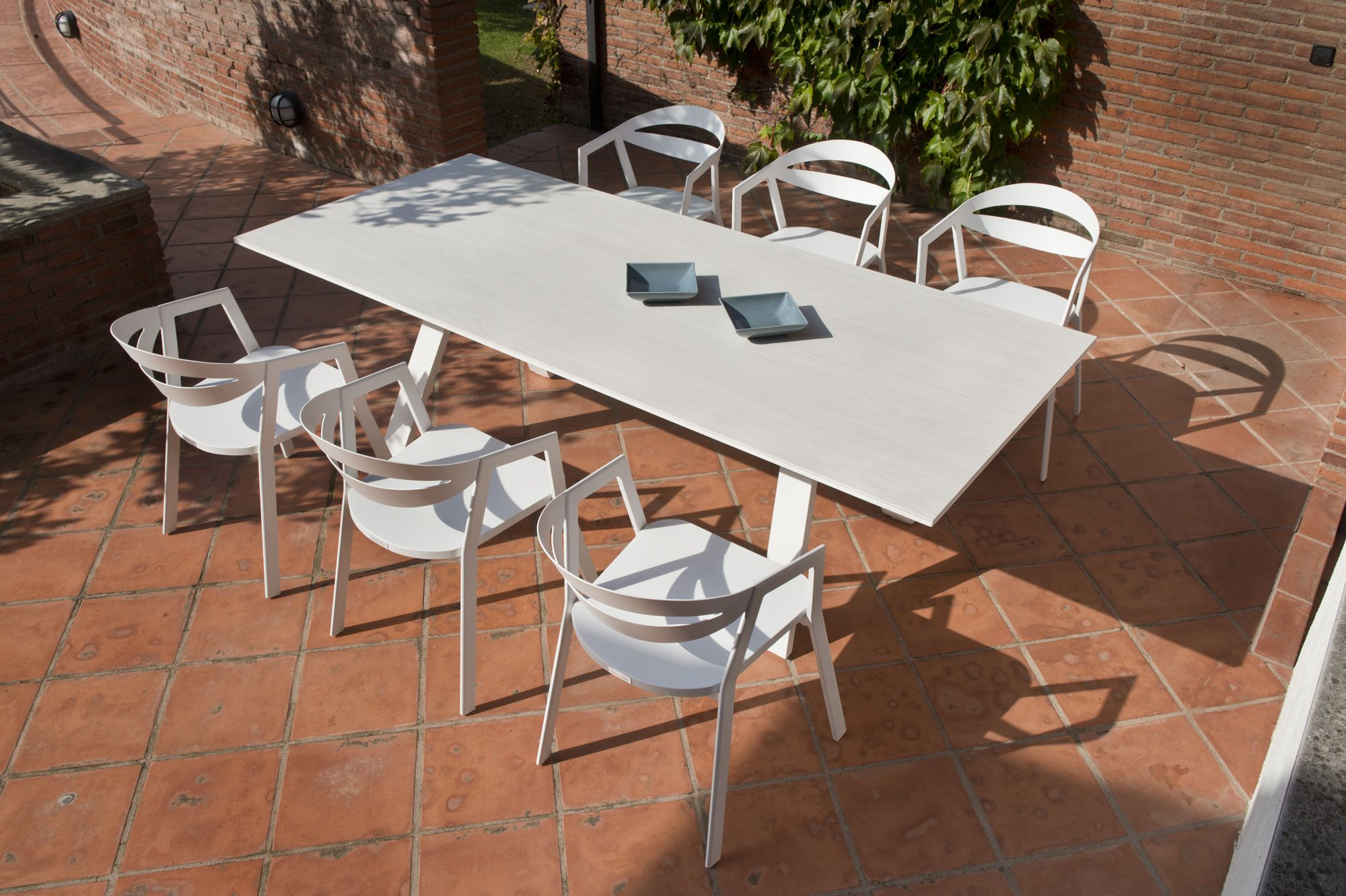 garden furniture retails and wholesales in france and spain gardenart furniture offers a range of - Garden Furniture Offers