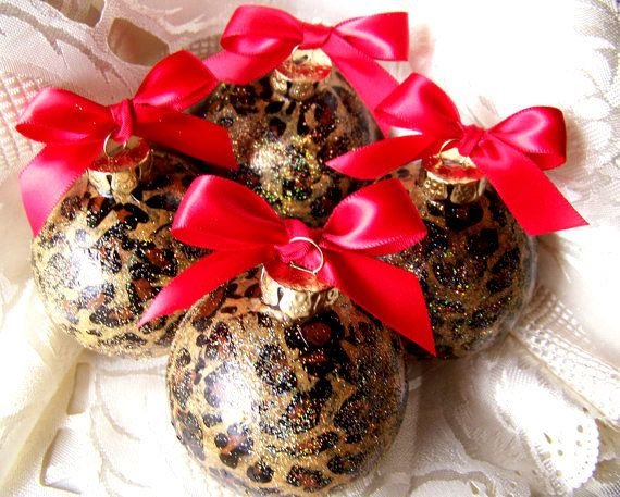 8 Leopard Christmas Ornaments, Christmas Tree Decorations, Safari, Cheetah,  You pick bow color - 8 Leopard Christmas Ornaments, Christmas Tree Decorations, Safari