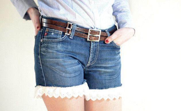7a05e68f6a Short de jeans reciclado y decorado con encajes