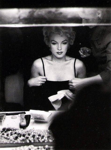 Marilyn Monroe, photo by Sam Shaw, Hollywood, 1954