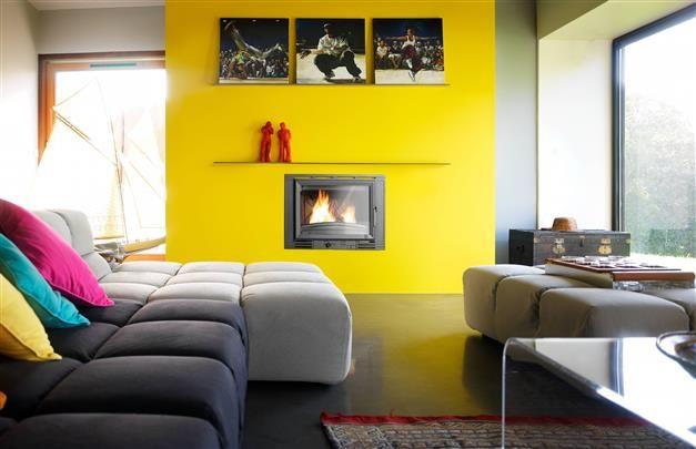 Le salon aux couleurs primaires t2054 3 mirabelle t2146 - Les couleurs du salon ...