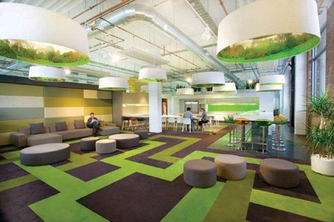 Large carpet pattern adds interest