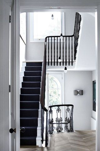 A Glamorous Townhouse That S A Vision Of Mid Century Monochrome