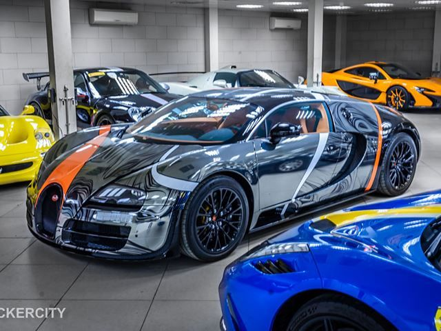 One Of A Kind Bugatti Veyron Super Sport Wrapped By Sticker City