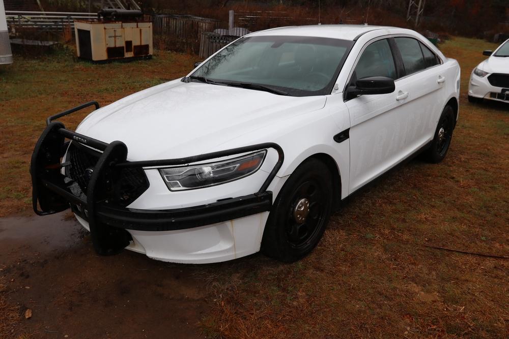 Item 4 2015 Ford Taurus Vin 1fahp2mk2fg135671 Mileage