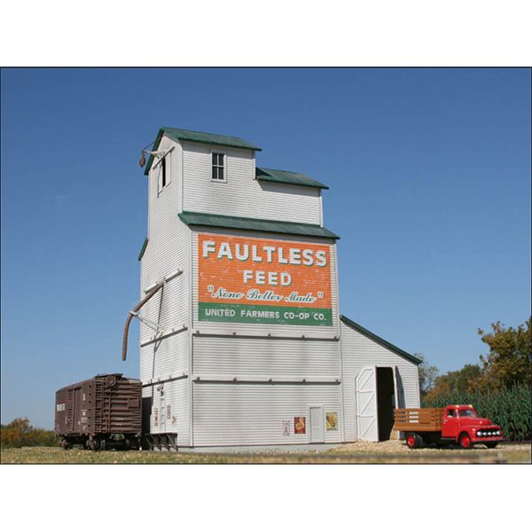 LASERKit The Country Grain Elevator Kit, HO Scale | Structure Kits