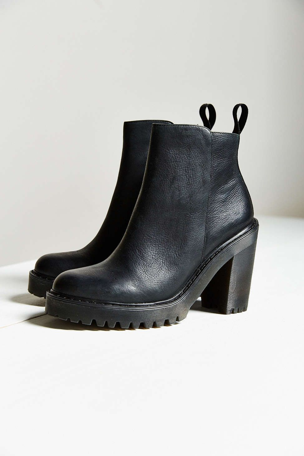 Dr. Martens Magdalena Boot - Urban Outfitters  33dfff6d5a90