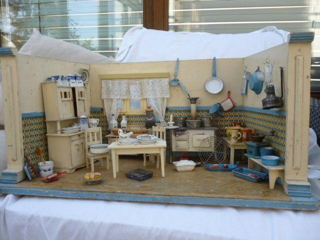 blau,weiße Küche mit viel Zubehörteilen in Antiquitäten \ Kunst - küche bei ebay