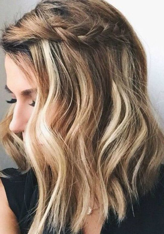 Visit Our Most Demanding Haircuts For Medium Length Hair 2017 2018 These Ultimate Medium Hairstyl Short Hair Styles Easy Hair Styles Medium Length Hair Styles