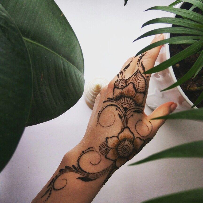 Значение картинки мехенди пальма