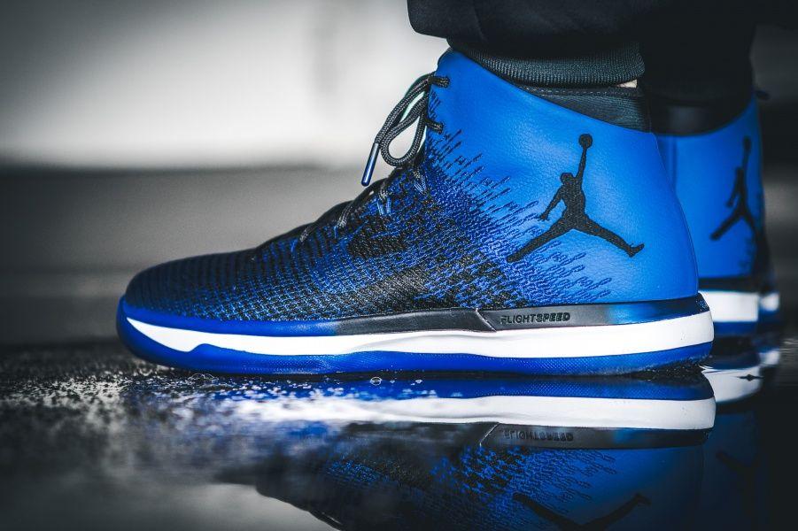 new concept d7524 67a16 April 1, 2017 Air Jordan XXXI « Royal » Nike Inside Sneakers